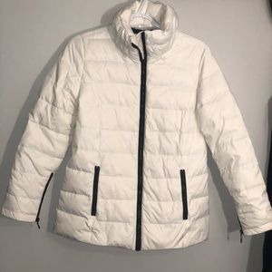 Host pick 🧥Cleo white puffer spring jacket